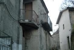 Casa da ristrutturare – San Vittorino (Caterina)