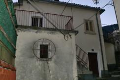 Appartamento abitabile con terrazza – San Vittorino